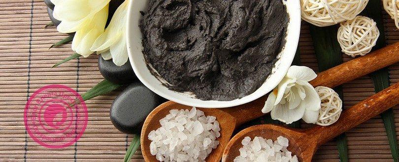 черная косметическая глина