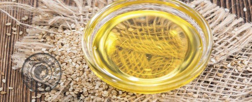 кунжутные семена и масло