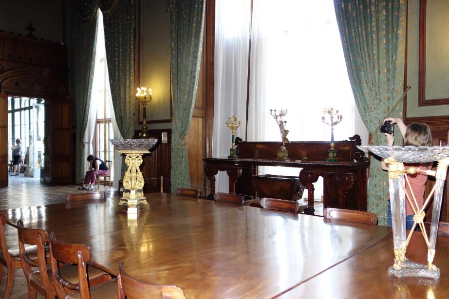 Зала во дворце