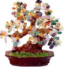 дерево камней