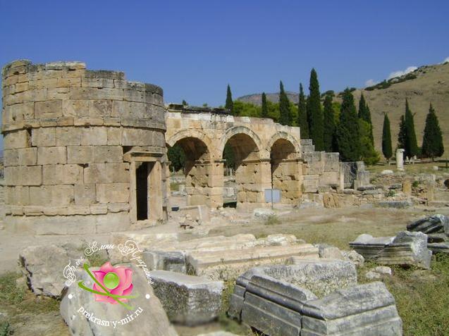 Ворота императора Домициана