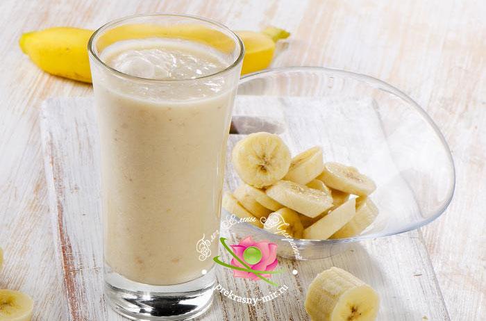 смузи банан с мороженным