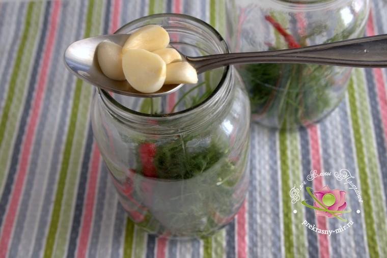 острые консервированные помидоры рецепт