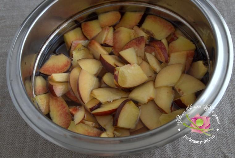 как приготовить персиковое варенье с листьями вишни