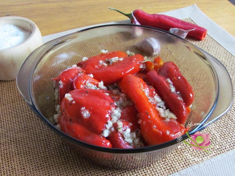 запеченный болгарский перец с чесноком рецепт в домашних условиях