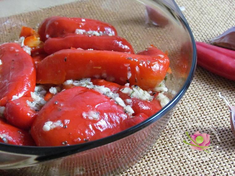 запеченный болгарский перец с чесноком рецепт