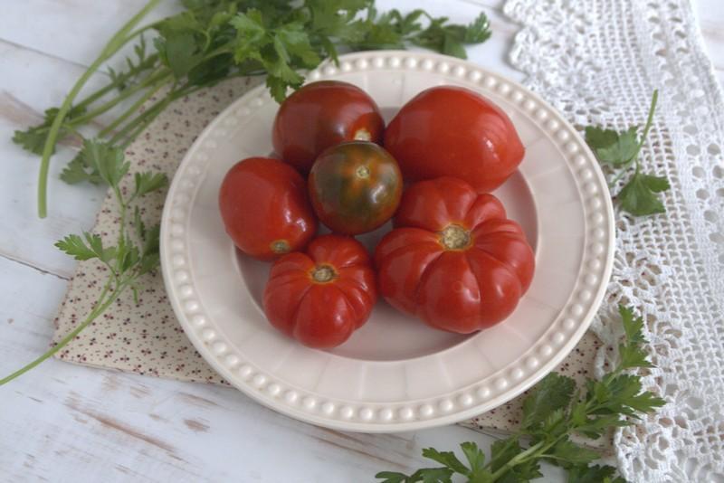 острые соленые помидоры на зиму рецепт с фото