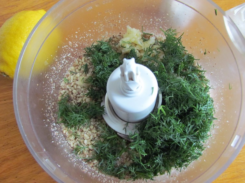 рулетики из баклажанов с орехами рецепт с фото