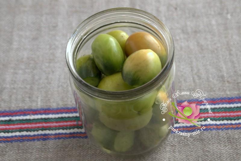 Консервированные зеленые помидоры