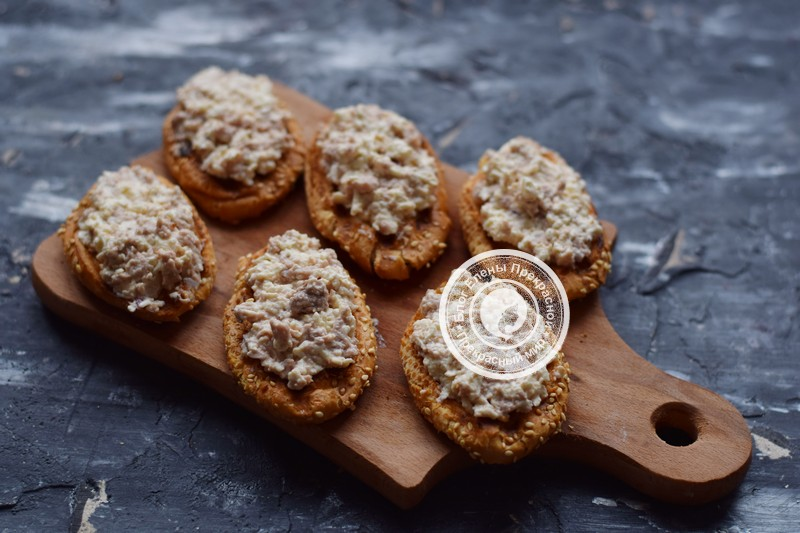 брускетта с печенью трески рецепт в домашних условиях