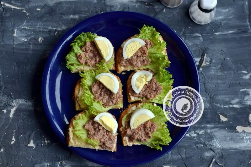 праздничные гренки с тунцом, огурцом и яйцом рецепт на праздник