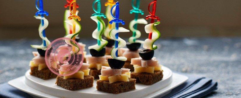 канапе с ветчиной и сыром на шпажках рецепт на праздничный стол