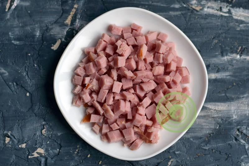 салат с шампиньонами и ветчиной рецепт в домашних условиях