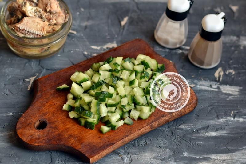 салат с сардиной с масле с горошком рецепт на новый год