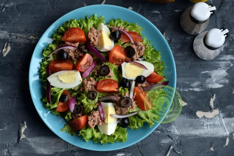овощной салат с тунцом рецепт на праздничный стол