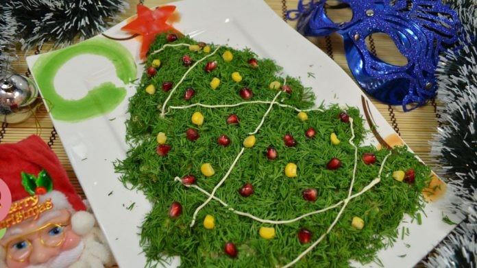 """Новогодний салат """"Ёлочка"""""""