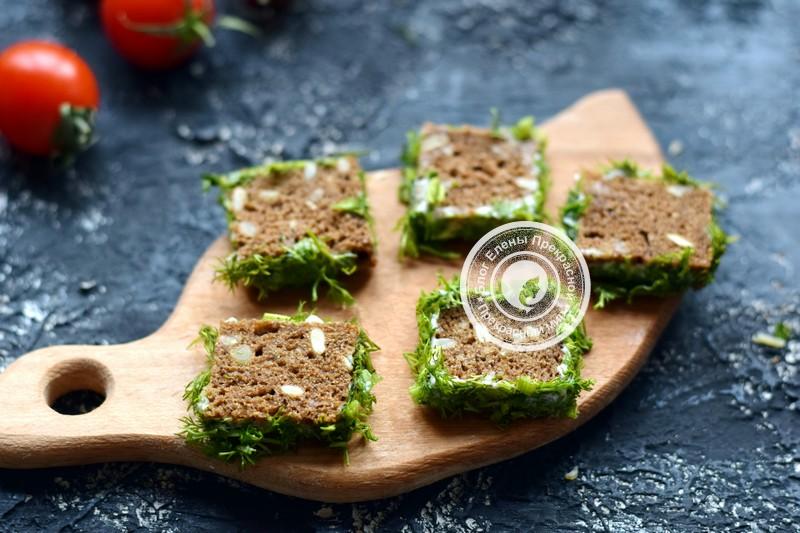 бутерброды с перепелиными яйцами и овощами рецепт
