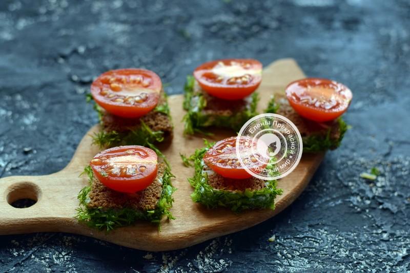 бутерброды с перепелиными яйцами и овощами рецепт с фото
