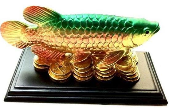 Рыба арована - статуэтка по фен шуй