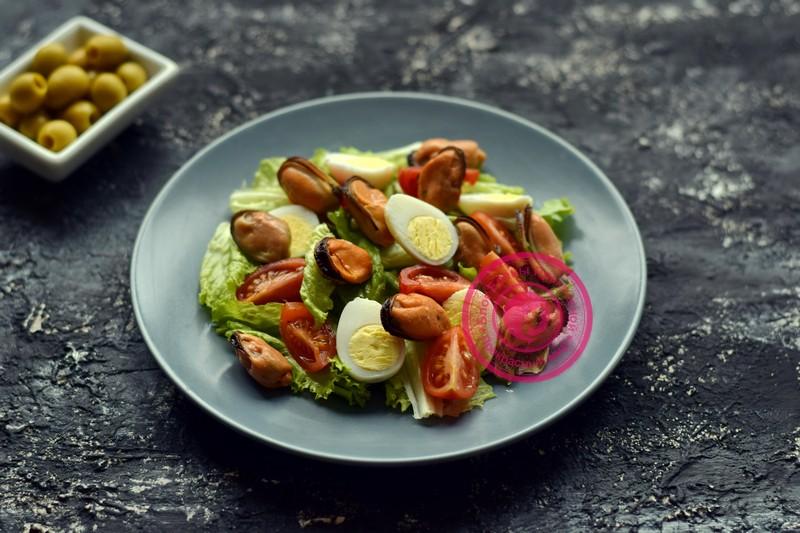 салат с маринованными мидиями рецепт в домашних условиях