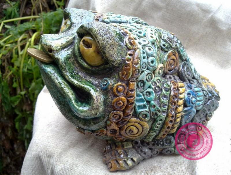 Трехлапая жаба по фен шуй для денег