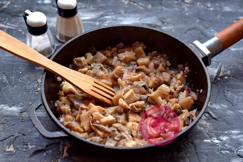 фасоль с грибами в томатном соусе рецепт