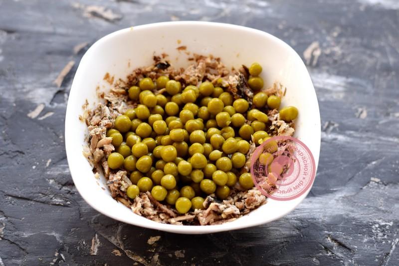 постный салат со шпротами рецепт