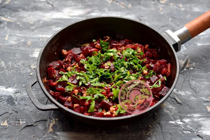 салат из свеклы с орехами рецепт с фото