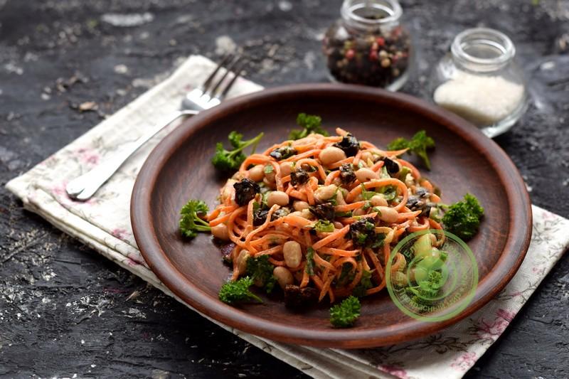 постный салат Каприз рецепт в домашних условиях