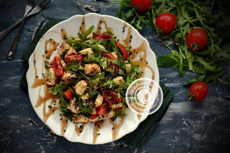 салат с рукколой и сырыми шампиньонами рецепт в домашних условиях