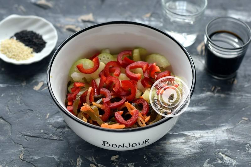 салат с сельдереем рецепт в домашних условиях