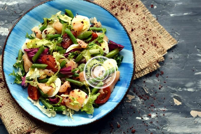 салат с перепелиными яйцами и лососем рецепт в домашних условиях