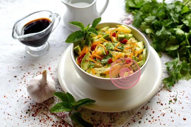 Салат Хе из кабачков по-корейски рецепт в домашних условиях