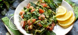 Салат из щавеля, кабачков и помидоров рецепт в домашних условиях