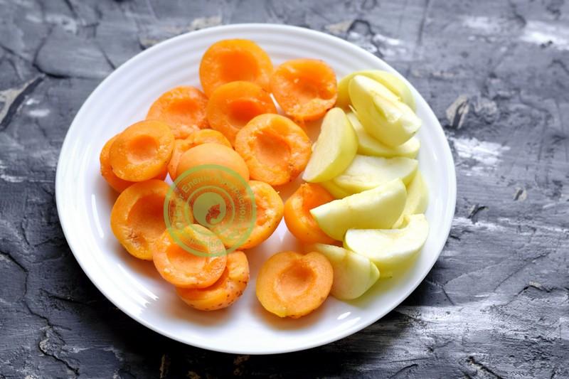 компот из абрикос и яблок на зиму рецепт с фото