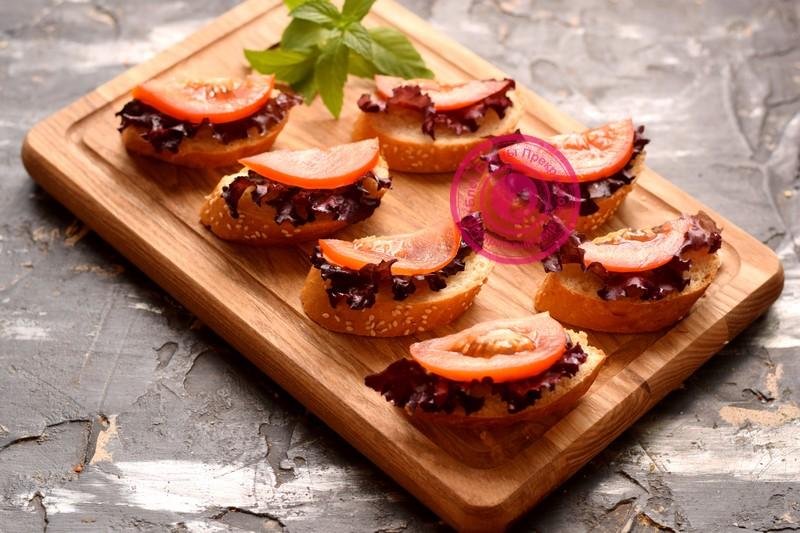 бутерброды с курицей, яйцом и помидорами рецепт с фото пошагово