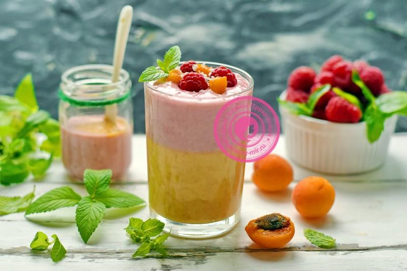 Смузи из абрикосов и малины: фото рецепт в домашних условиях