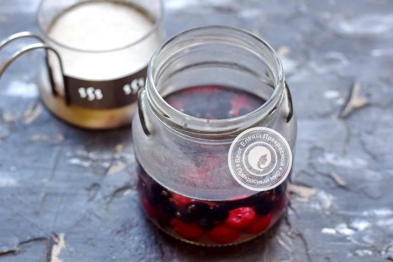 компот из черной смородины и малины рецепт в домашних условиях