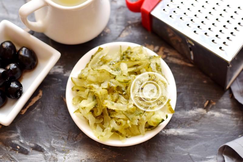 слоеный салат со свеклой рецепт с фото