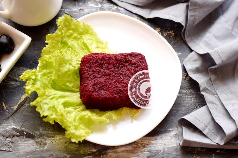 слоеный салат со свеклой рецепт в домашних условиях