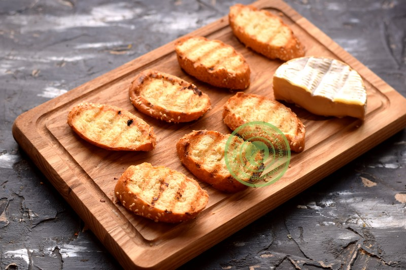 бутерброды с сыром камамбер рецепт