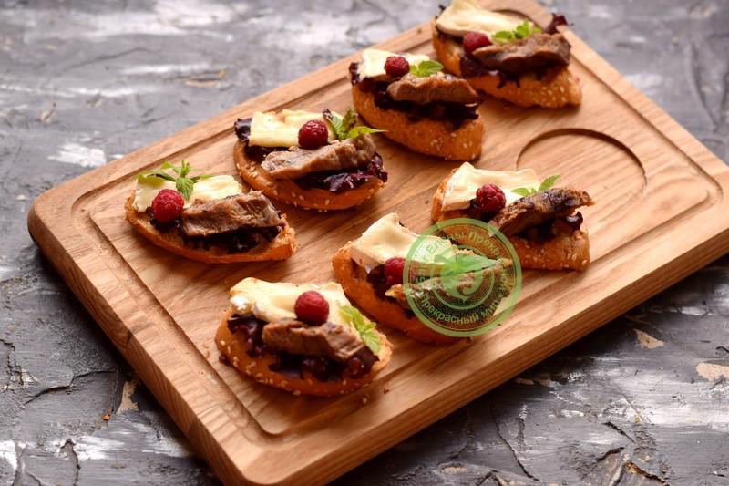 бутерброды с сыром камамбер рецепт в домашних условиях
