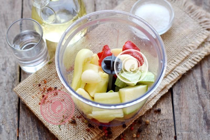 аджика из кабачков и яблок на зиму рецепт рецепт с фото