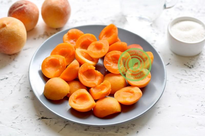компот из абрикосов и персиков на зиму рецепт