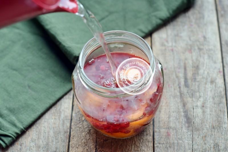 компот из абрикосов и красной смородины на зиму рецепт в домашних условиях