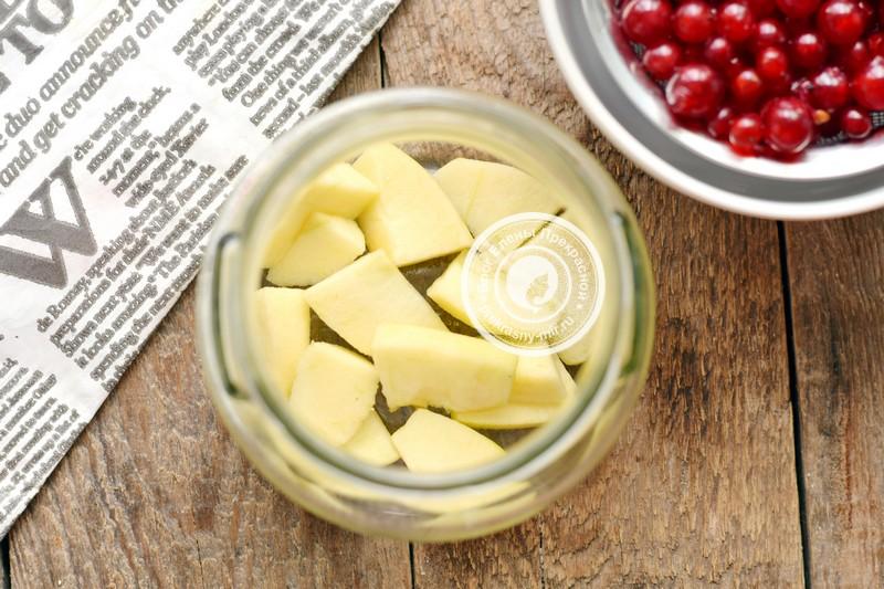 компот из яблок и красной смородины на зиму рецепт с фото