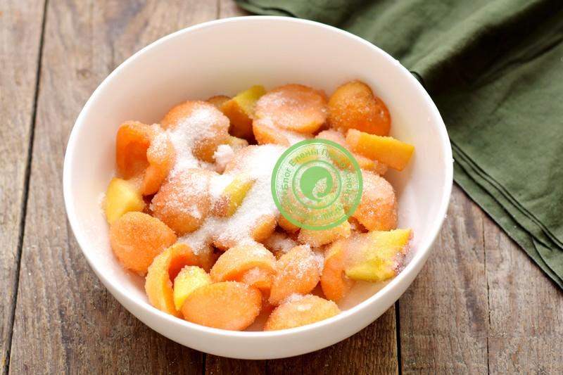 Варенье с абрикосами и персиками на зиму с целыми дольками рецепт в домашних условиях