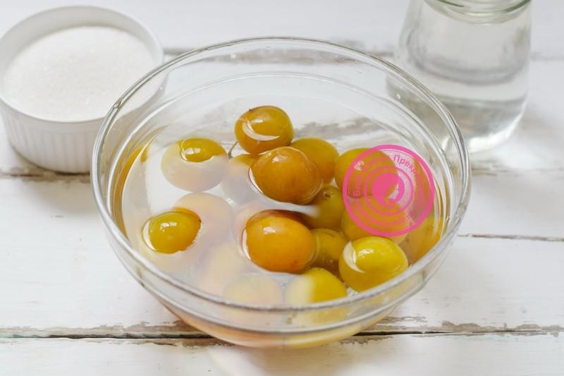Желтая алыча в сиропе на зиму рецепт