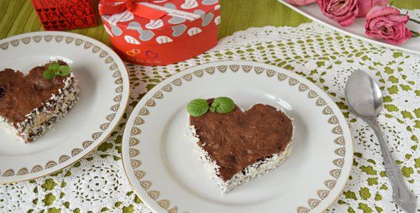 Миниатюра к статье Давайте приготовим романтический десерт— торт-пирожное в форме сердечка и порадуем вторую половинку